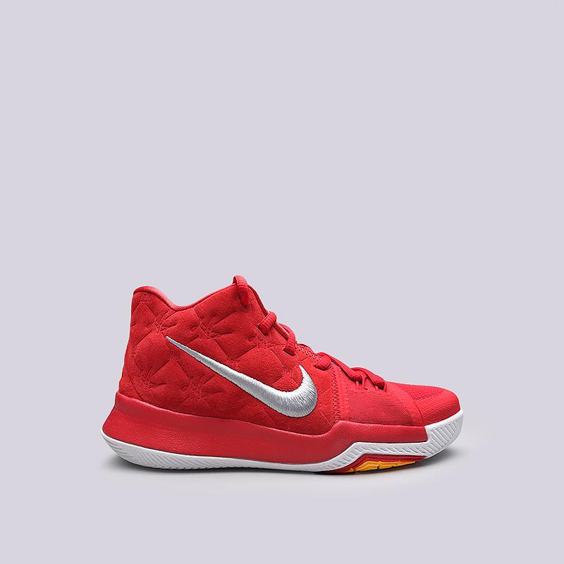 Кроссовки Nike Kyrie 3 GSКроссовки баскетбольные<br>Кожа, текстиль, резина, пластик<br><br>Цвет: Красный<br>Размеры US: 3.5Y;6Y<br>Пол: Детский