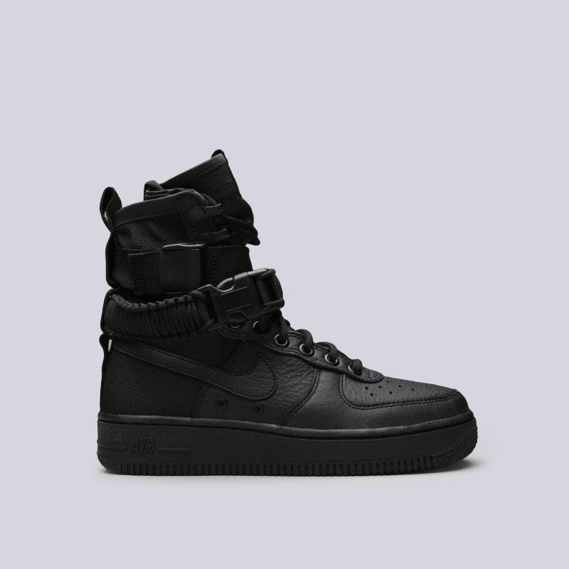 Кроссовки Nike WMNS SF Air Force 1Кроссовки lifestyle<br>Кожа, текстиль, резина<br><br>Цвет: Черный<br>Размеры US: 6;7<br>Пол: Женский