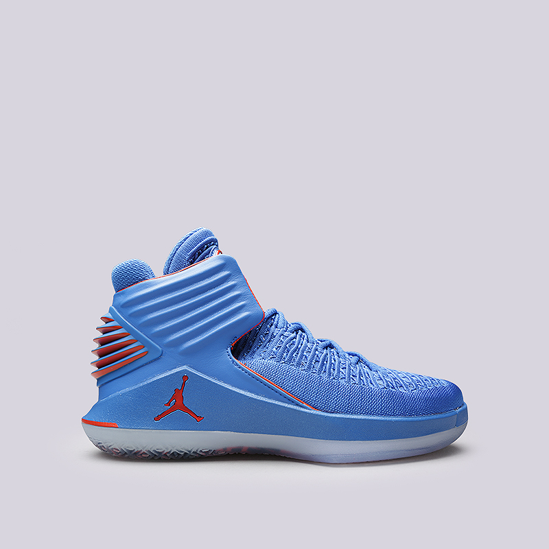 Кроссовки Jordan XXXIIКроссовки баскетбольные<br>Синтетика, текстиль, резина, пластик<br><br>Цвет: Голубой<br>Размеры US: 9.5<br>Пол: Мужской
