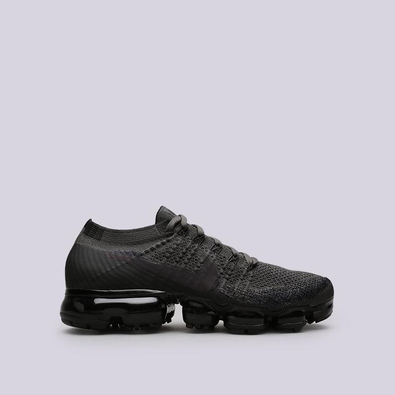 Кроссовки Nike Air Vapormax FlyknitКроссовки lifestyle<br>Пластик, текстиль, резина<br><br>Цвет: Черный<br>Размеры US: 8;8.5;9;9.5;10;10.5;11<br>Пол: Мужской