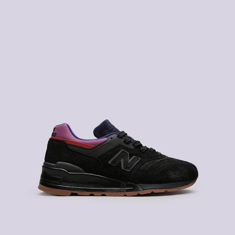 Кроссовки New Balance M997CSSКроссовки lifestyle<br>Кожа, текстиль, резина<br><br>Цвет: Черный<br>Размеры US: 8;10.5<br>Пол: Мужской