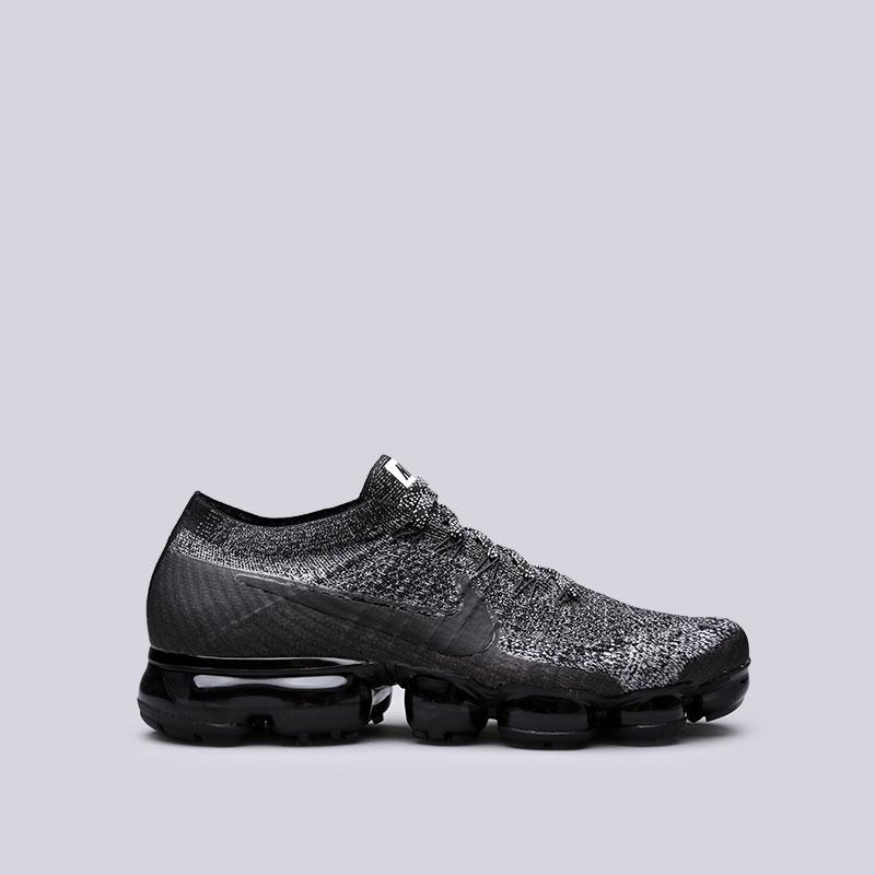 Кроссовки Nike Air Vapormax FlyknitКроссовки lifestyle<br>Пластик, текстиль, резина<br><br>Цвет: Черный<br>Размеры US: 8;8.5;9;9.5;10;10.5;11;12<br>Пол: Мужской