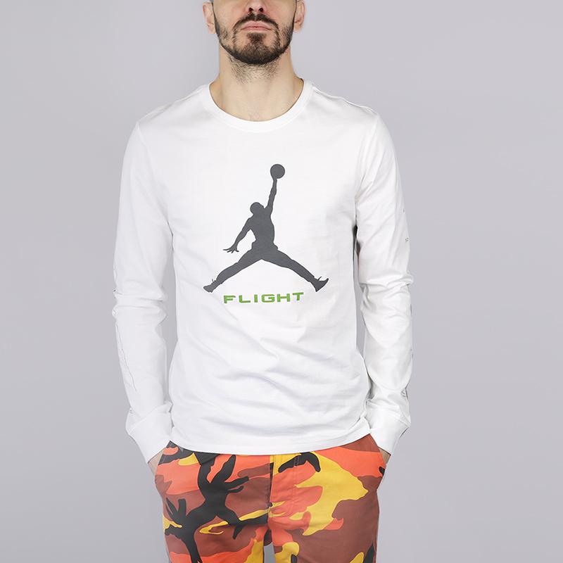 Лонгслив Jordan Long Sleeve Top With Arm Print In WhiteФутболки<br>100% хлопок<br><br>Цвет: Белый<br>Размеры US: M<br>Пол: Мужской