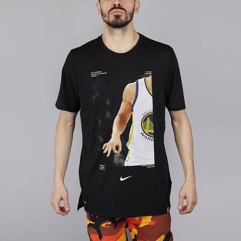 Футболка Nike NBA Klay Thompson DryФутболки<br>75% полиэстер, 13% хлопок, 12% вискоза<br><br>Цвет: Черный<br>Размеры US: S;M;L;XL<br>Пол: Мужской