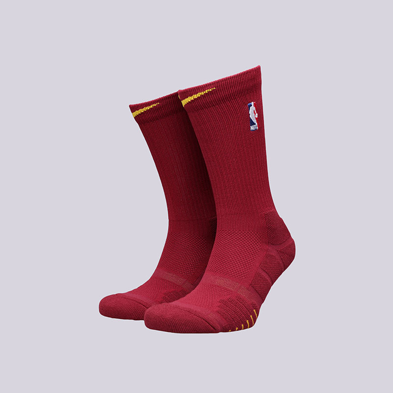 Носки Nike NBA Grip Quick CrewНоски<br>Полиэстер, нейлон, хлопок, эластан<br><br>Цвет: Бордовый<br>Размеры US: M;L;XL<br>Пол: Мужской