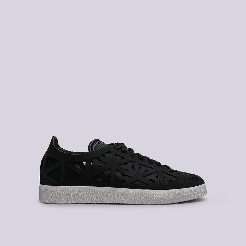 Кроссовки adidas Gazelle Cutout WКроссовки lifestyle<br>Синтетика, кожа, текстиль, резина<br><br>Цвет: Черный<br>Размеры UK: 5;6;6.5;7;7.5;8<br>Пол: Женский