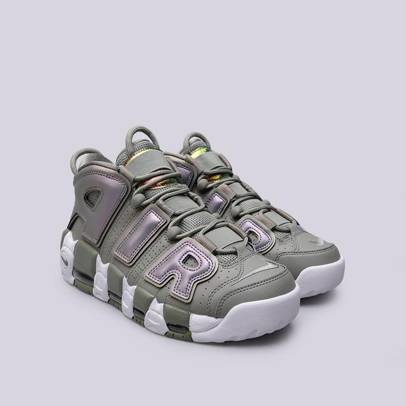 Купить женские зелёные  кроссовки nike wmns air more uptempo в магазинах Streetball изображение - 4 картинки