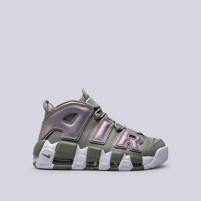 Кроссовки Nike WMNS Air More UptempoКроссовки lifestyle<br>Кожа, синтетика, текстиль, резина, пластик<br><br>Цвет: Зелёный<br>Размеры US: 8.5<br>Пол: Женский
