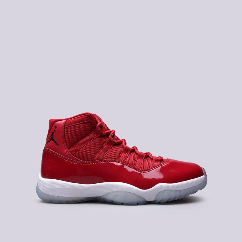Кроссовки Jordan XI RetroСланцы, балетки<br>Кожа, текстиль, резина<br><br>Цвет: Красный<br>Размеры US: 10<br>Пол: Мужской