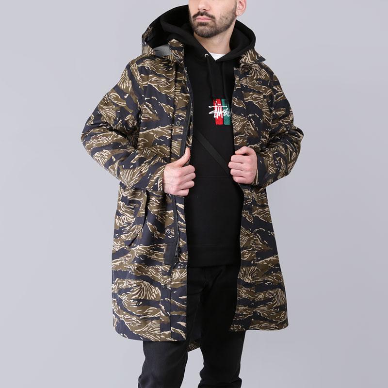 Куртка Nike Tiger Camo Parka AOPКуртки, пуховики<br>Полиэстер, нейлон<br><br>Цвет: Камуфляж<br>Размеры US: XS;S;M;L<br>Пол: Мужской