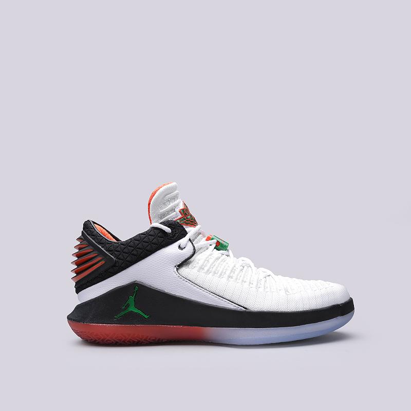 Кроссовки Jordan XXXII LowКроссовки баскетбольные<br>Синтетика, текстиль, резина, пластик<br><br>Цвет: Белый, черный, красный<br>Размеры US: 9<br>Пол: Мужской
