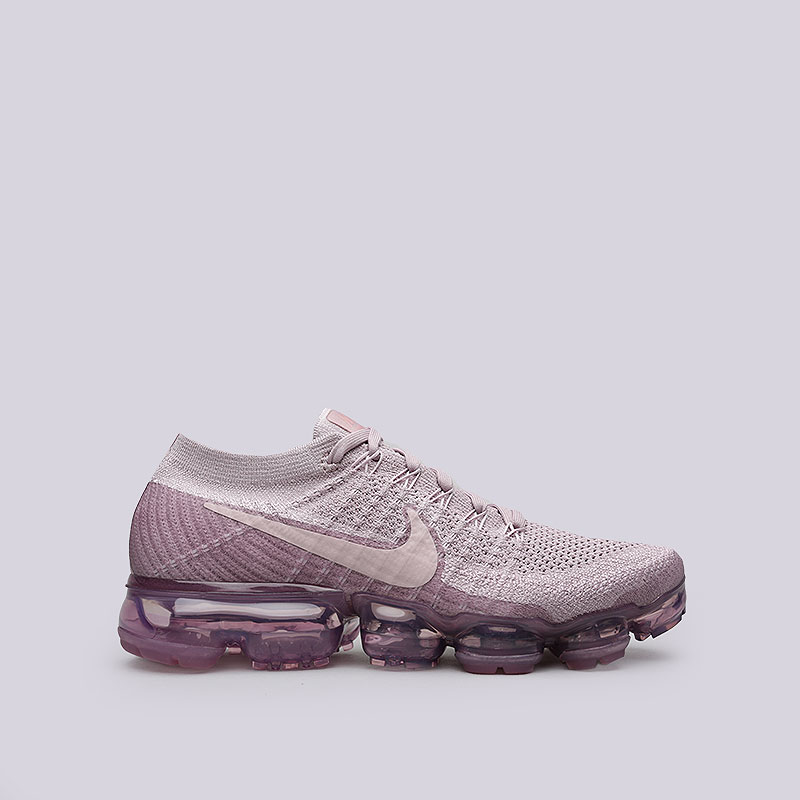 Кроссовки Nike WMNS Air VaporMax FlyknitКроссовки lifestyle<br>Текстиль, резина, пластик<br><br>Цвет: Розовый<br>Размеры US: 6;6.5;7.5;8<br>Пол: Женский