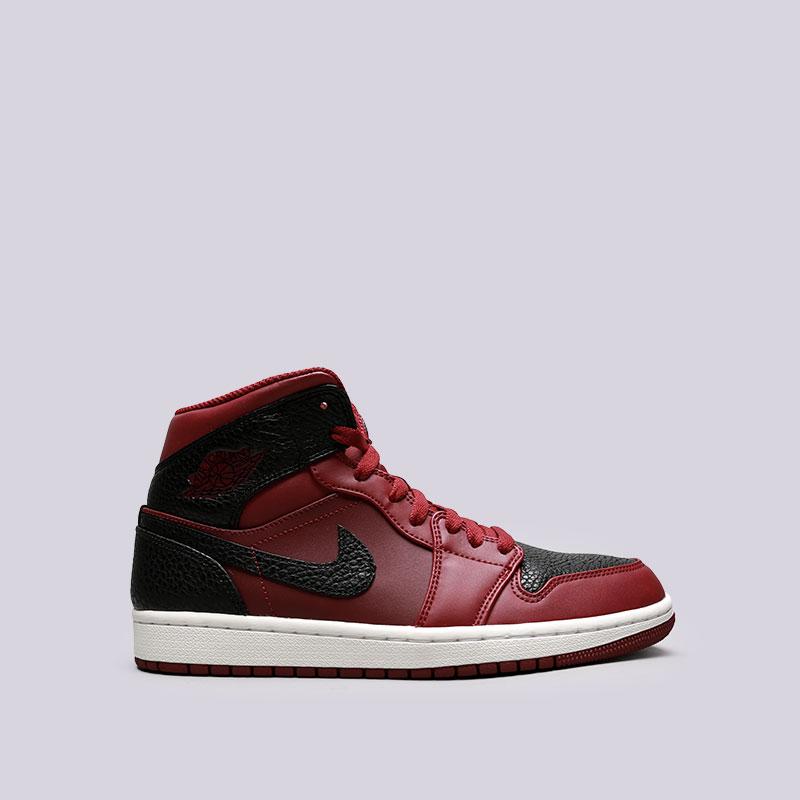 Кроссовки Jordan 1 MidКроссовки lifestyle<br>Кожа, синтетика, текстиль, резина<br><br>Цвет: Чёрный, бордовый<br>Размеры US: 8;8.5;9;9.5;10.5;11;12;12.5;14;15<br>Пол: Мужской