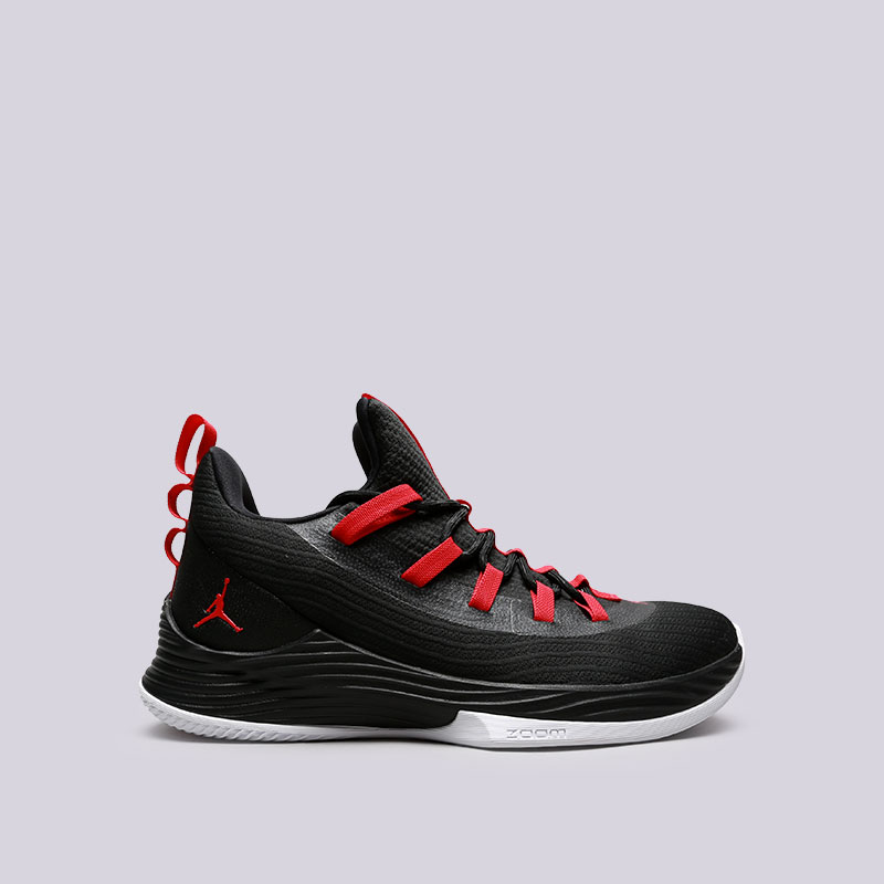 Кроссовки Jordan Ultra Fly 2 LowКроссовки баскетбольные<br>Текстиль, пластик, резина<br><br>Цвет: Черный<br>Размеры US: 8;8.5;9;9.5;10;10.5;11;12.5;13<br>Пол: Мужской