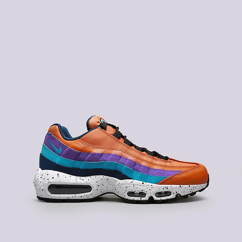 Кроссовки Nike Air Max 95 PRMКроссовки lifestyle<br>Кожа, синтетика, текстиль, резина<br><br>Цвет: Оранжевый, фиолетовый, синий<br>Размеры US: 8;8.5;9;9.5;10;10.5;11;11.5;12<br>Пол: Мужской