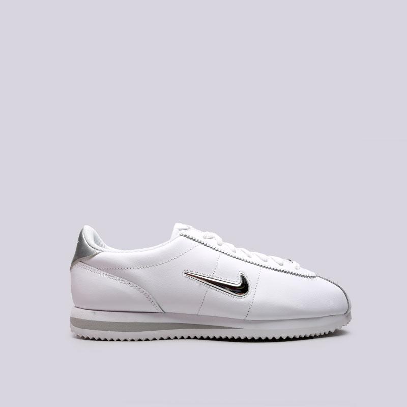 Кроссовки Nike Cortez Basic JewelКроссовки lifestyle<br>Кожа, текстиль, резина<br><br>Цвет: Белый<br>Размеры US: 8;8.5;9;9.5;10;10.5;11;11.5;12<br>Пол: Мужской