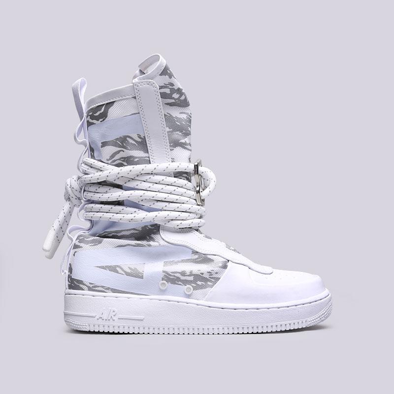 Кроссовки Nike SF Air Force 1 Hi PRMКроссовки lifestyle<br>Текстиль, синтетика, резина<br><br>Цвет: Белый<br>Размеры US: 10;11.5;12<br>Пол: Мужской