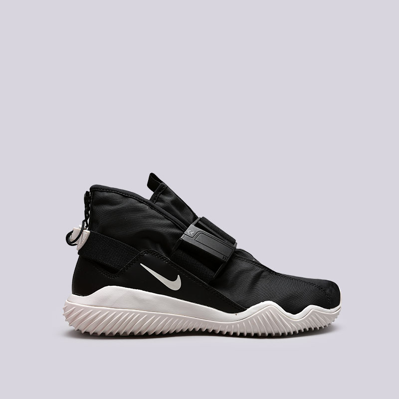 Кроссовки Nike KomyuterКроссовки lifestyle<br>Текстиль, синтетика, резина<br><br>Цвет: Черный<br>Размеры US: 8;8.5;9;9.5;10;11;11.5<br>Пол: Мужской