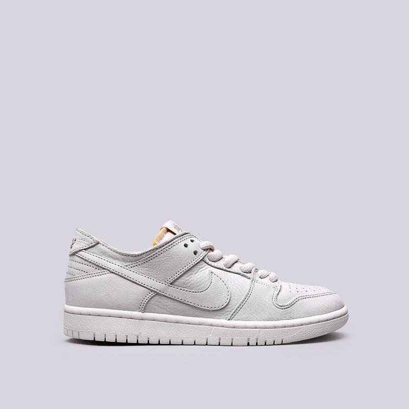 Кроссовки Nike SB SB Zoom Dunk Low Pro DeconКроссовки lifestyle<br>Кожа, резина<br><br>Цвет: Серый<br>Размеры US: 8;8.5;10;10.5;11.5;12<br>Пол: Мужской