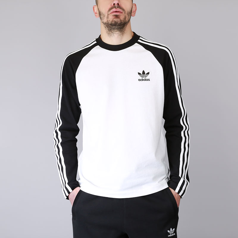 Лонгслив adidas 3-Stripes LS TФутболки<br>Хлопок, эластан<br><br>Цвет: Чёрный, белый<br>Размеры UK: 2XL;XL<br>Пол: Мужской