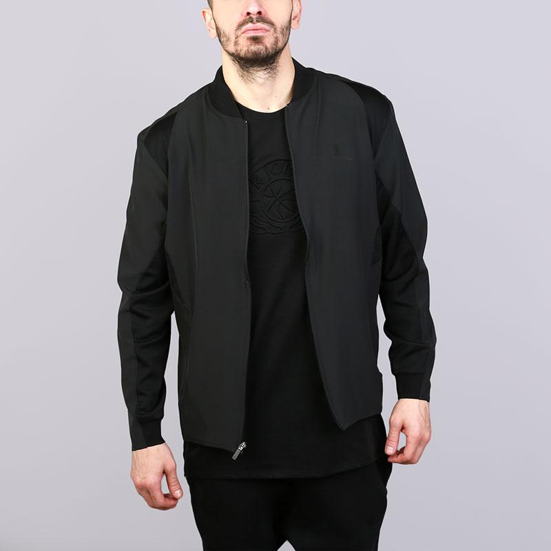 Куртка Jordan Ultimate Flight JacketКуртки, пуховики<br>Полиэстер, эластан<br><br>Цвет: Черный<br>Размеры US: S;M;L;XL;2XL<br>Пол: Мужской