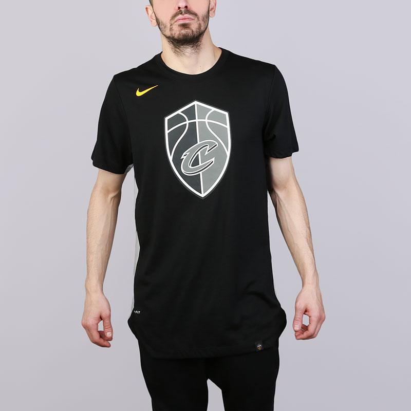 Футболка Nike Cleveland Cavaliers City EditionФутболки<br>Полиэстер, хлопок, вискоза<br><br>Цвет: Черный<br>Размеры US: S;M;L;XL;2XL<br>Пол: Мужской