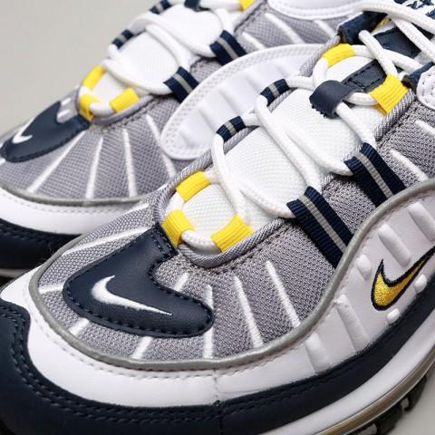 Купить мужские серые, белые, синие  кроссовки nike air max 98 в магазинах Streetball - изображение 5 картинки