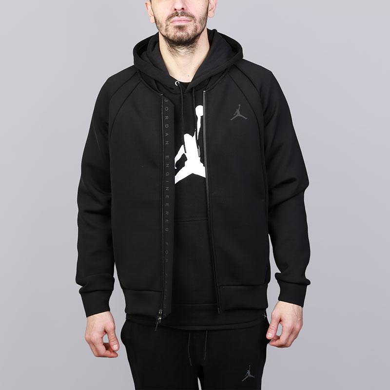 Куртка Jordan JSW Flight Tech JacketКуртки, пуховики<br>Полиэстер, хлопок, эластан<br><br>Цвет: Черный<br>Размеры US: L<br>Пол: Мужской
