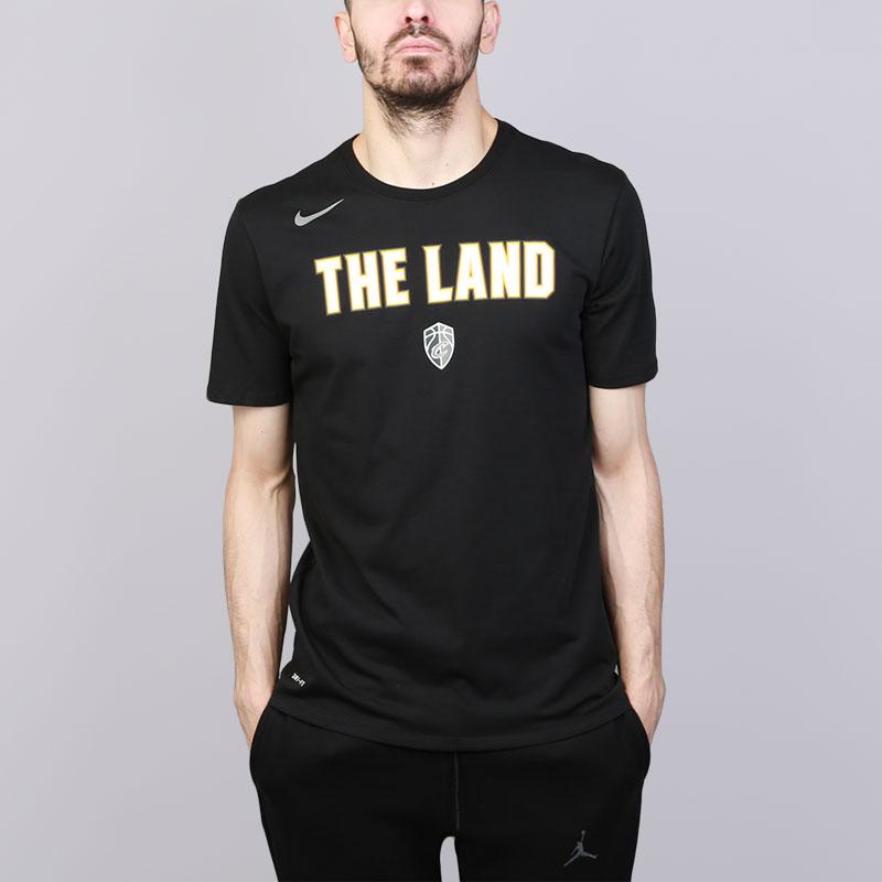 Футболка Nike Cleveland Cavaliers City EditionФутболки<br>Хлопок, полиэстер<br><br>Цвет: Черный<br>Размеры US: S;M;L;XL;2XL<br>Пол: Мужской