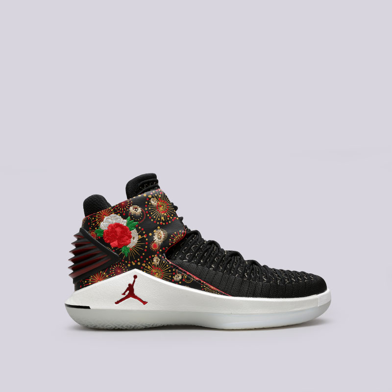 Кроссовки Jordan XXXII CNYКроссовки баскетбольные<br>Синтетика, текстиль, резина, пластик<br><br>Цвет: Черный<br>Размеры US: 8.5;9;10.5;11;12<br>Пол: Мужской