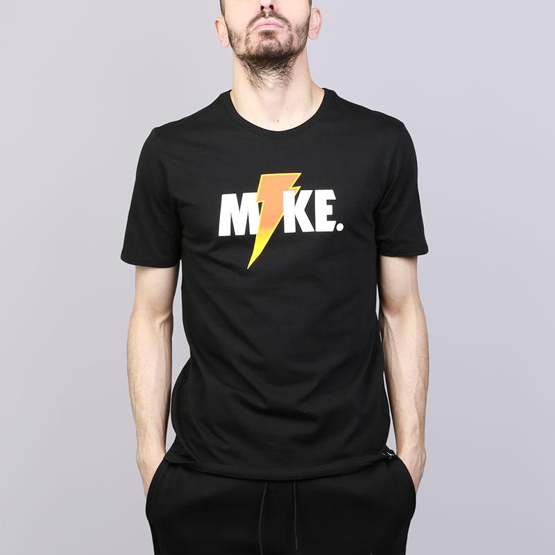 Футболка Jordan Like Mike LightningФутболки<br>Хлопок<br><br>Цвет: Черный<br>Размеры US: S;M;L;XL;2XL<br>Пол: Мужской