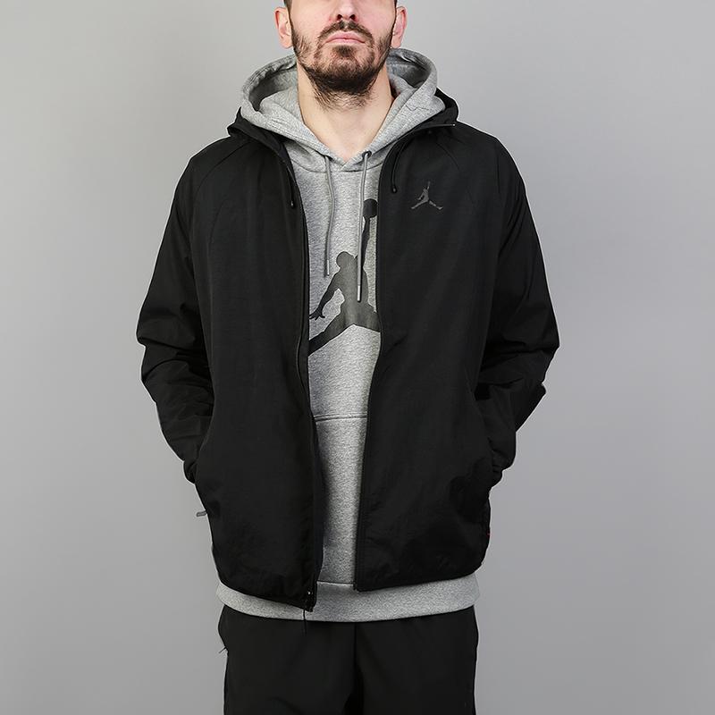 Куртка Jordan Sportswear Wings WindbreakerТолстовки свитера<br>100% нейлон<br><br>Цвет: Черный<br>Размеры US: S;M;L;XL;2XL<br>Пол: Мужской