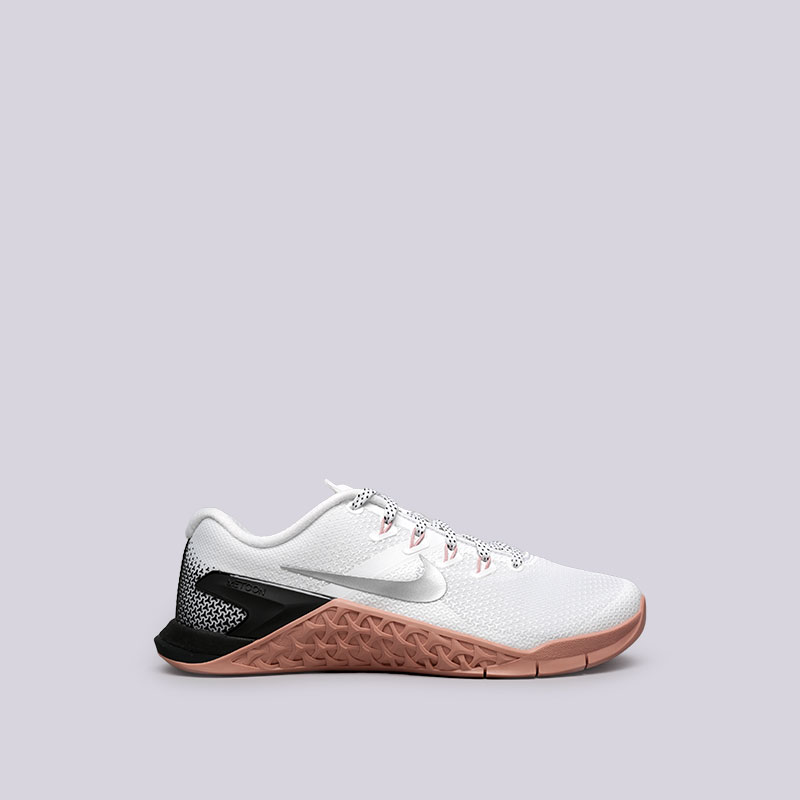 Кроссовки Nike WMNS Metcon 4Кроссовки lifestyle<br>Текстиль, резина<br><br>Цвет: Белый<br>Размеры US: 6.5;7;7.5<br>Пол: Женский
