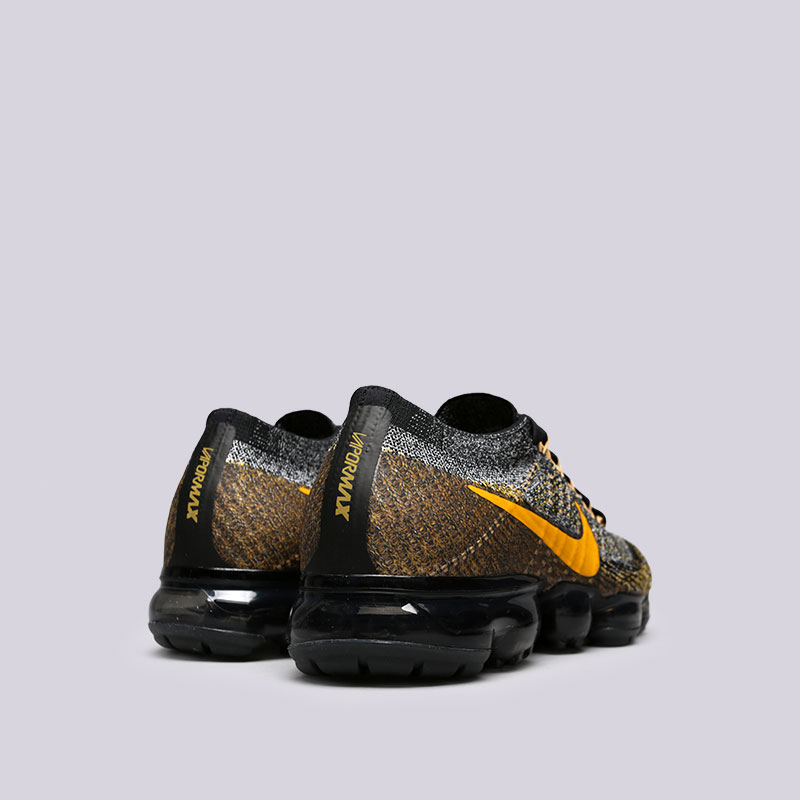 Купить мужские чёрные, серые, жёлтые  кроссовки nike air vapormax flyknit в магазинах Streetball изображение - 4 картинки