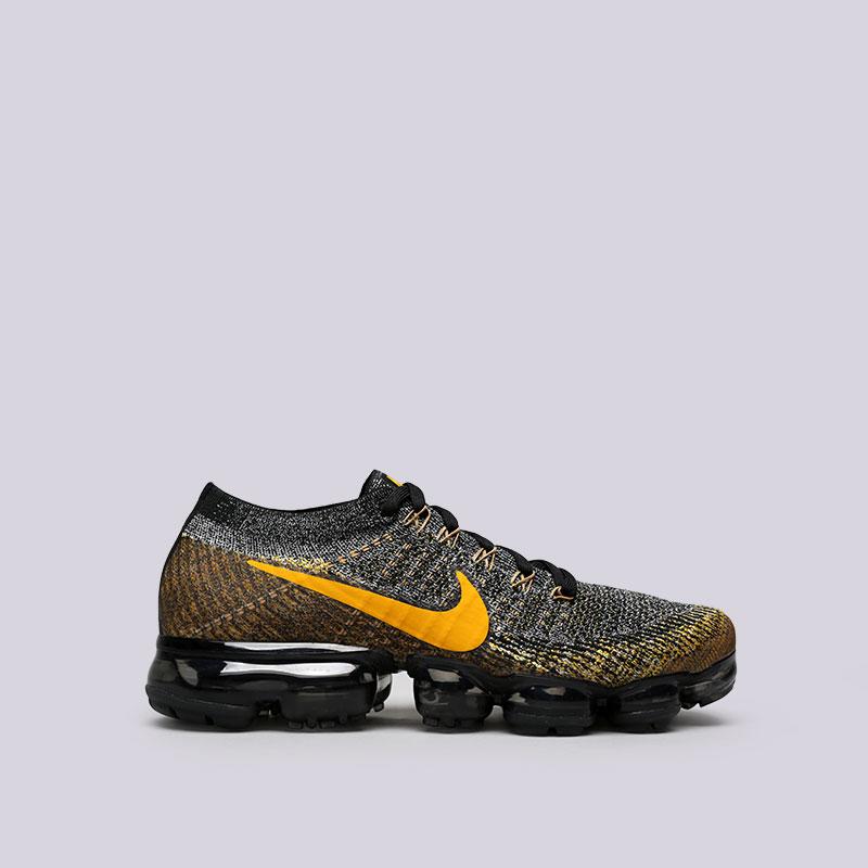 Кроссовки Nike Air Vapormax FlyknitКроссовки lifestyle<br>Пластик, текстиль, резина<br><br>Цвет: Чёрный, серый, жёлтый<br>Размеры US: 8;8.5;9;9.5;10;10.5;11;11.5<br>Пол: Мужской