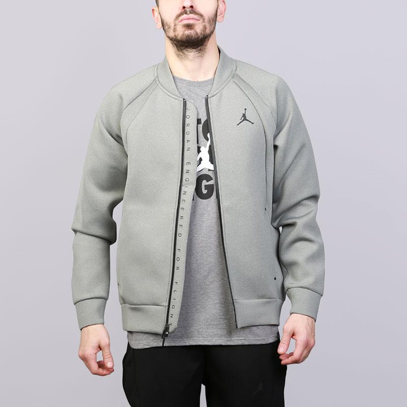 Толстовка Jordan Flight TechТолстовки свитера<br>Полиэстер, хлопок, эластан<br><br>Цвет: Серый<br>Размеры US: S;M;L;XL<br>Пол: Мужской