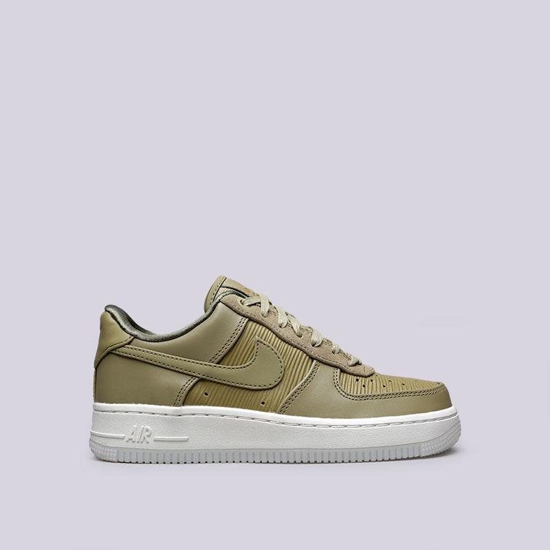 Кроссовки Nike WMNS Air Force 1 07 LXКроссовки lifestyle<br>Кожа, текстиль, резина<br><br>Цвет: Зелёный<br>Размеры US: 6;6.5;8;8.5<br>Пол: Женский