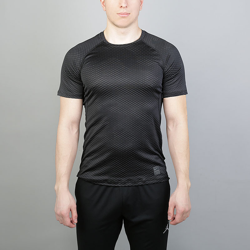мужскую черную  футболка nike pro hypercool short-sleeve training top 888291-010 - цена, описание, фото 1