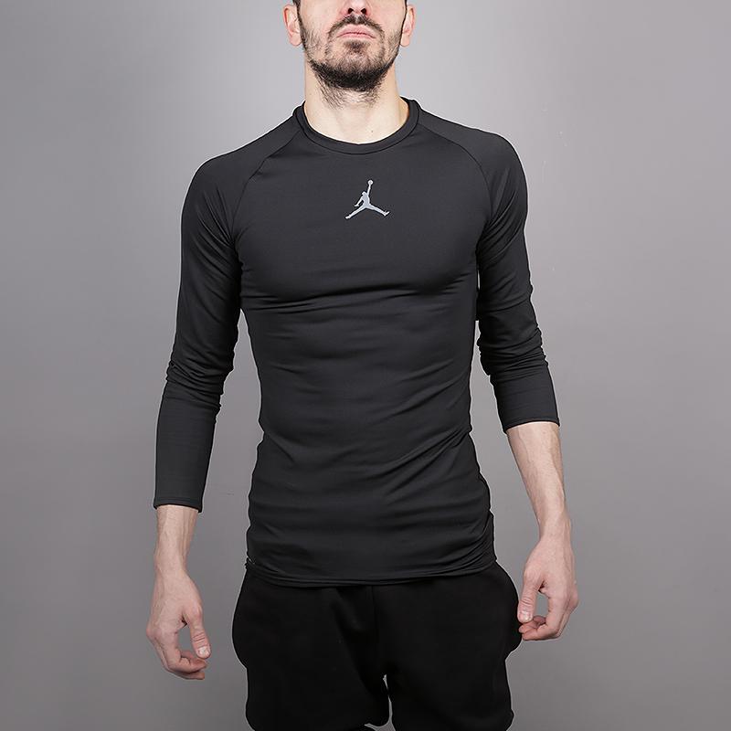 Лонгслив Jordan 23 Alpha  Long-Sleeve Basketball TopФутболки<br>88% полиэстер, 12% эластан<br><br>Цвет: Черный<br>Размеры US: S;M;L;XL;2XL<br>Пол: Мужской