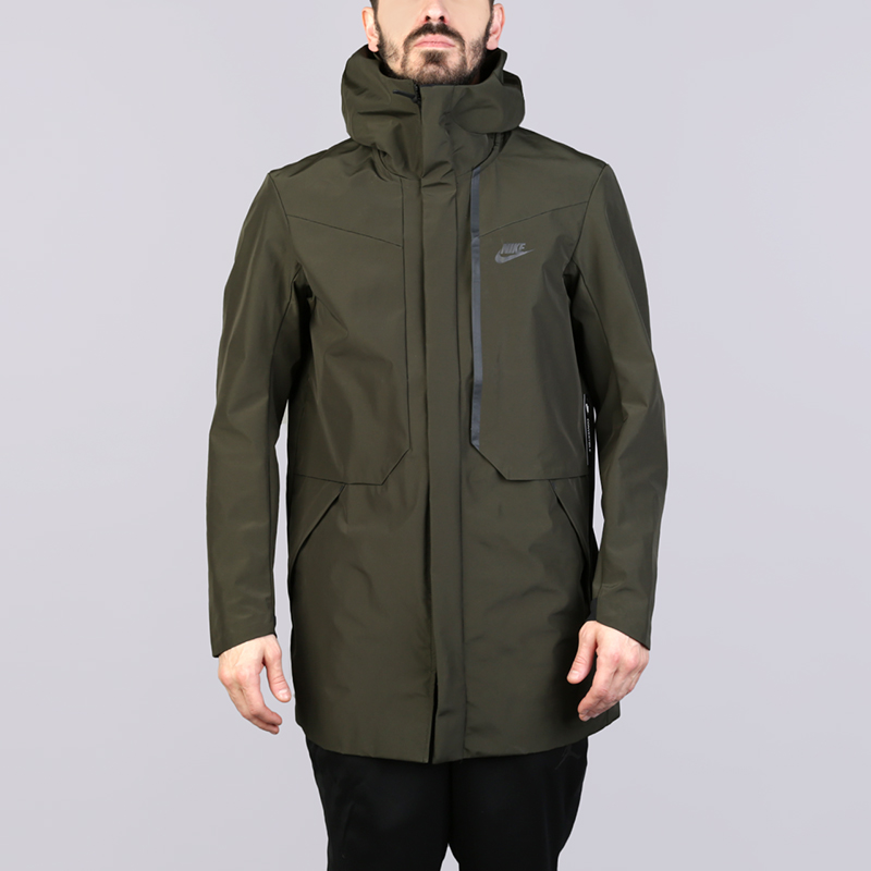 Куртка Nike Tech ShieldКуртки, пуховики<br>Нейлон, полиэстер, эластан<br><br>Цвет: Зелёный<br>Размеры US: S;M;L;XL<br>Пол: Мужской