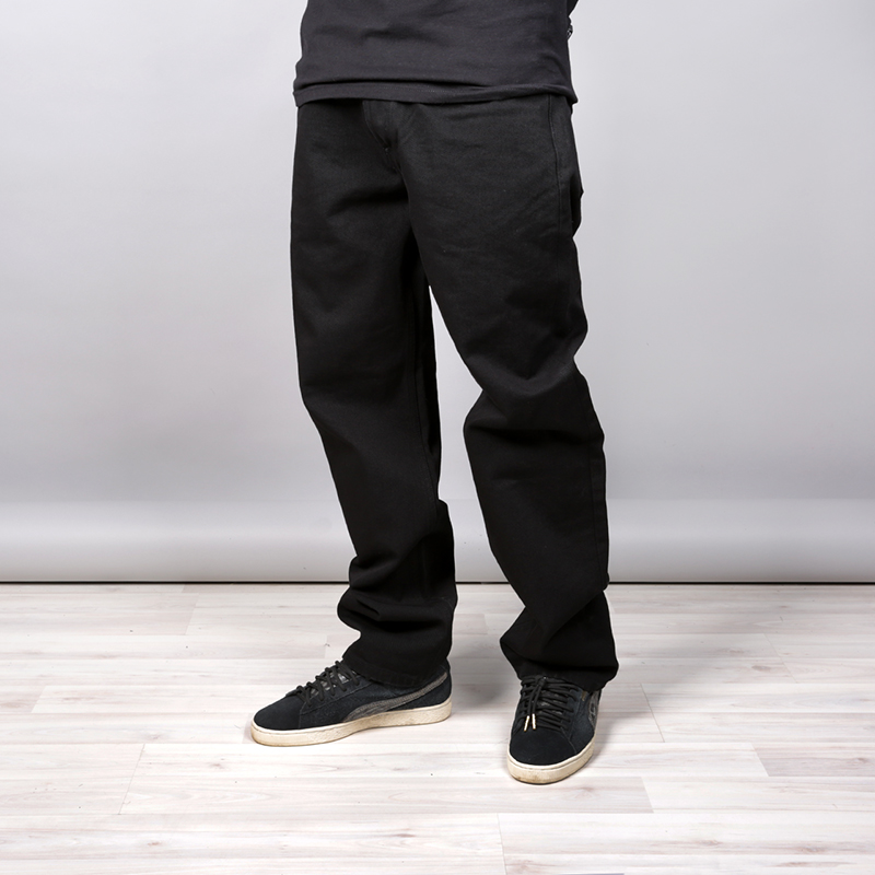 Джинсы Carhartt WIP Marlow PantБрюки и джинсы<br>Хлопок, полиестер<br><br>Цвет: Чёрный<br>Размеры : 32/32;34/32;36/32<br>Пол: Мужской