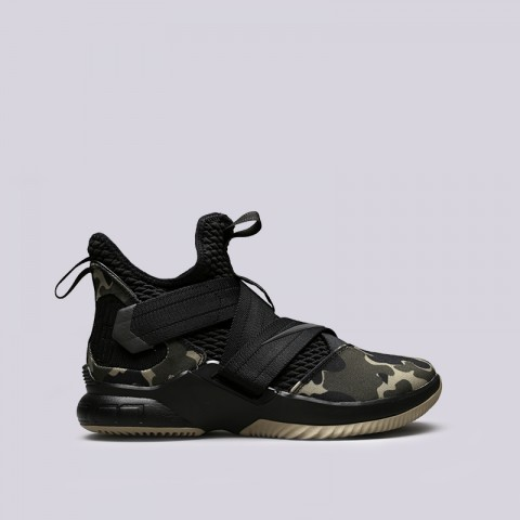 Кроссовки Nike Lebron Soldier XII SFG