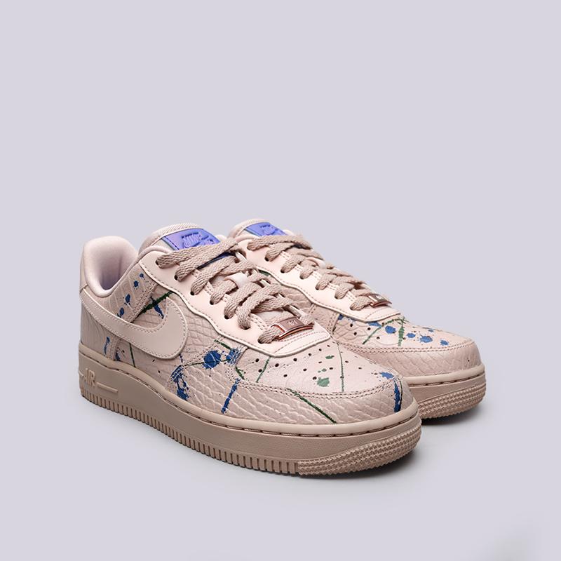 Купить женские бежевые  кроссовки nike wmns air force 1 '07 lx в магазинах Streetball изображение - 3 картинки