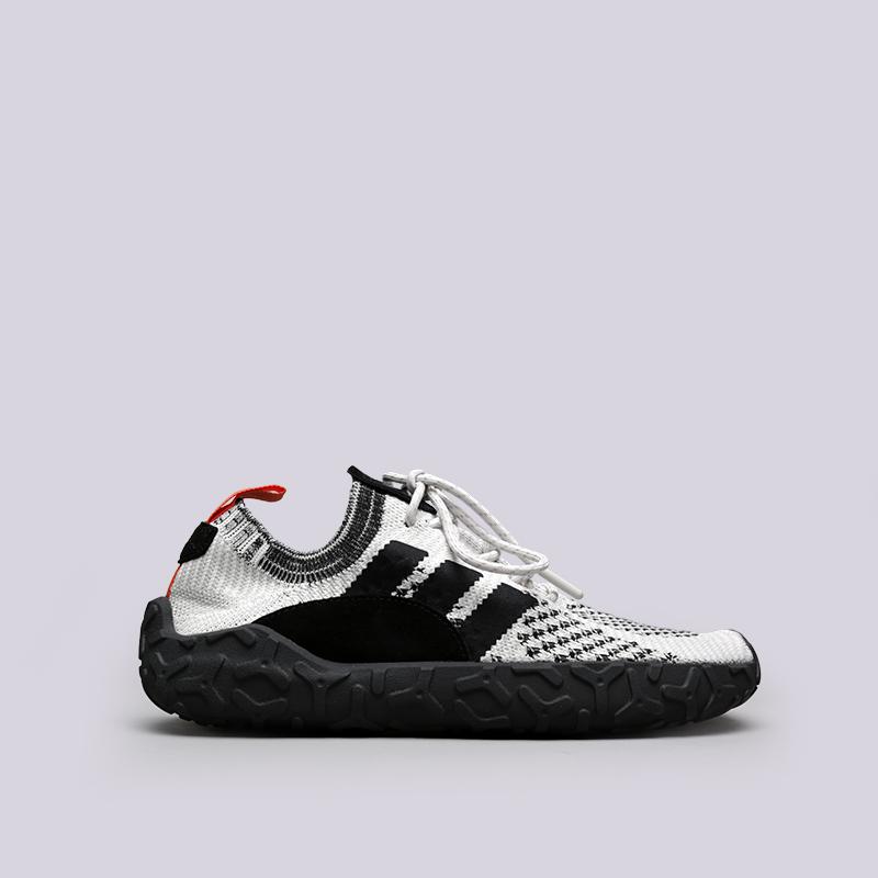 Кроссовки adidas F/22 PKКроссовки lifestyle<br>Текстиль, кожа, резина<br><br>Цвет: Белый, чёрный<br>Размеры UK: 7.5;8;8.5;9;9.5;10;10.5;11;11.5<br>Пол: Мужской