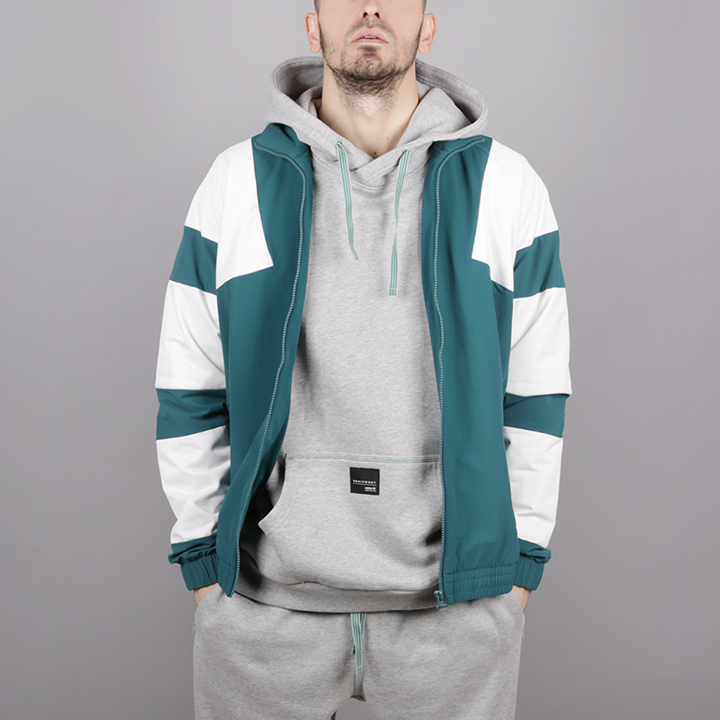 мужскую зелёную  олимпийка adidas eqt bold tt 2.0 CE2232 - цена, описание, фото 2