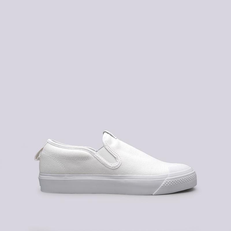 Кроссовки adidas Nizza Slipon WКроссовки lifestyle<br>Текстиль, резина<br><br>Цвет: Белый<br>Размеры UK: 5.5<br>Пол: Женский