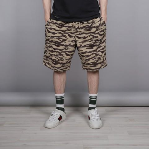 мужские камуфляж  шорты nike all over print AO1116-235 - цена, описание, фото 1