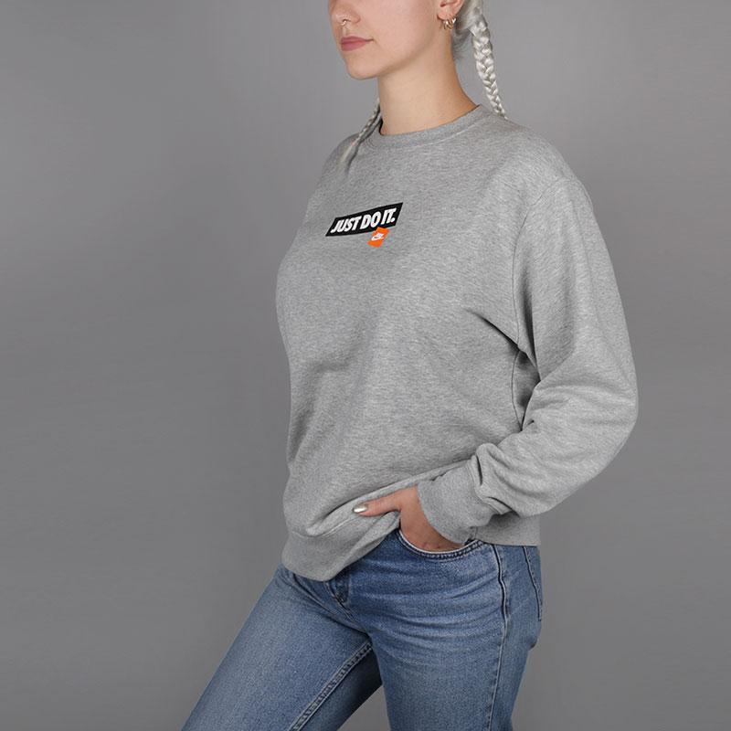 Толстовка Nike Just Do It Womens CrewТолстовки свитера<br>80% хлопок, 20% полиэстер<br><br>Цвет: Серый<br>Размеры US: 2XL;XL;L;M;S<br>Пол: Женский