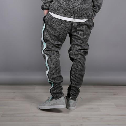 мужские чёрные  брюки puma x diamond 57536101 - цена, описание, фото 3