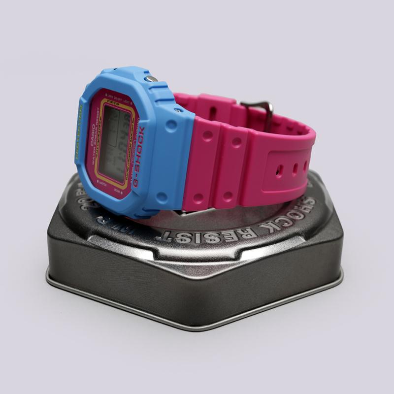 голубые, розовые  часы casio g-shock dw-5600tb DW-5600TB-4B - цена, описание, фото 2
